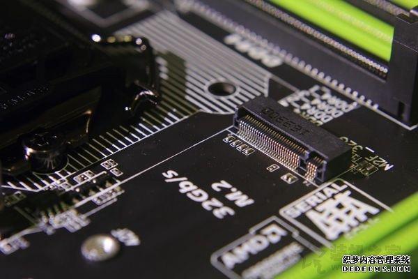 M.2接口固态硬盘怎么安装?台式电脑主板上的M.2固态硬盘安装教程