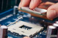 2018值得推荐的主流CPU:intel八代与AMD锐龙二代