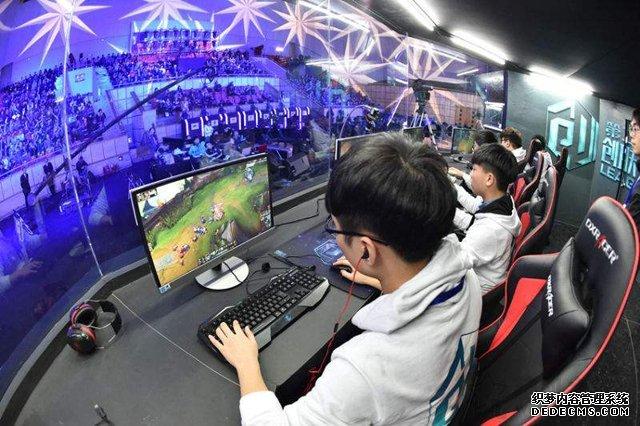 2018年暑期装机配置大推荐 四套2000-5000元打游戏的电脑主机配置