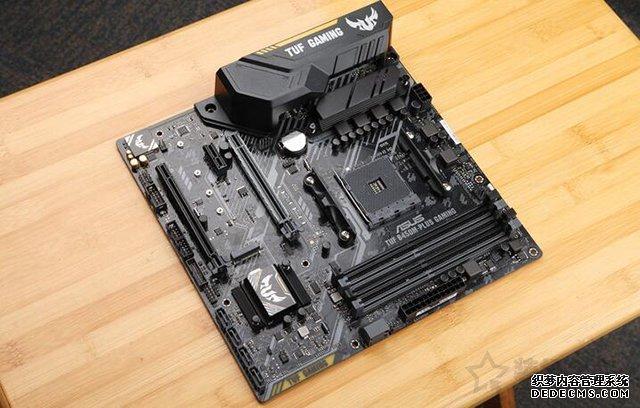 摆脱了主机同质化 三代锐龙R7-3700X搭配RX5700独显3A平台电脑配置